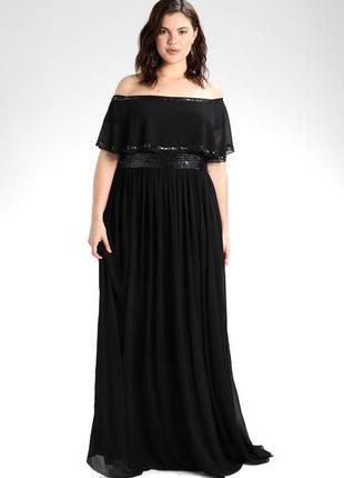 Роскошное вечернее платье с изящно оголенными плечами