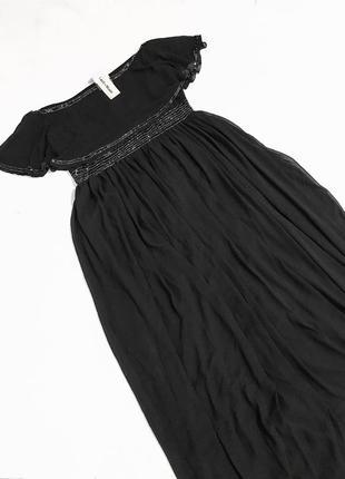 Роскошное вечернее платье с изящно оголенными плечами7 фото