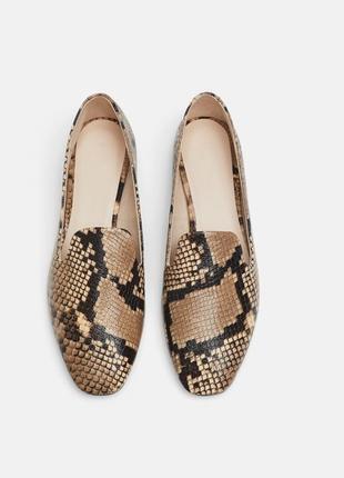 Натуральная кожа лоферы, туфли  в леопардовый принт zara