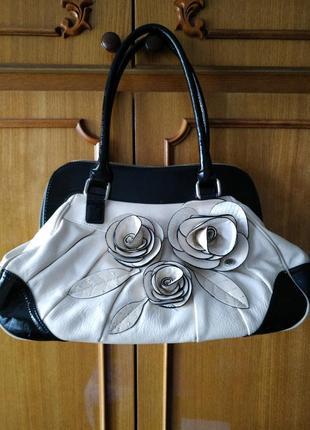 Оригинальная дизайнерская сумка ридикюль star by julien macdonald с розами
