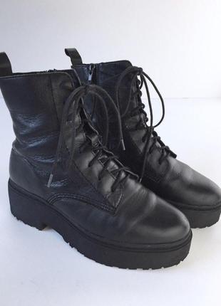 Очень крутые кожаные ботинки на шнуровке от jeffrey campbell