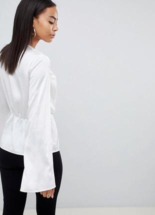 Роскошная сатиновая блуза широкий рукав с узлом missguided ms933