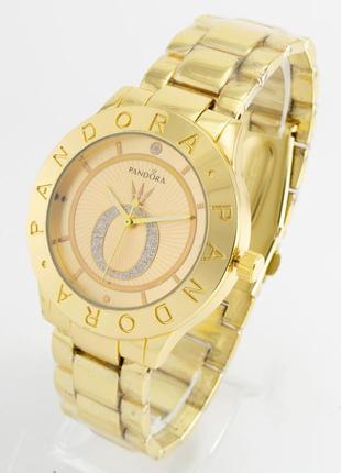 Часы в золотом цвете+коробочка