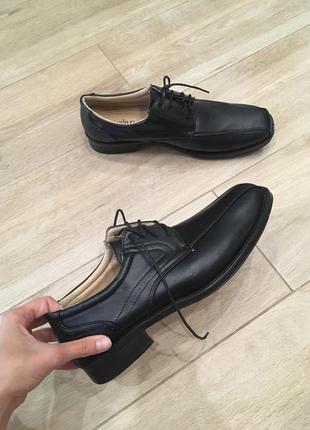 Чоловічі туфлі від paulo g.