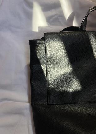 Чёрный  стильный портфель под кожу