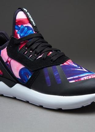 Крутые стильные кроссовки adidas tubular 39