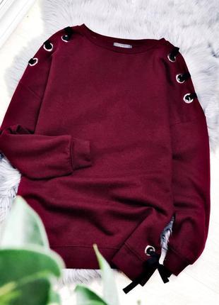 Бордовый свитшот худи свободного кроя марсала со шнуровкой на плечах