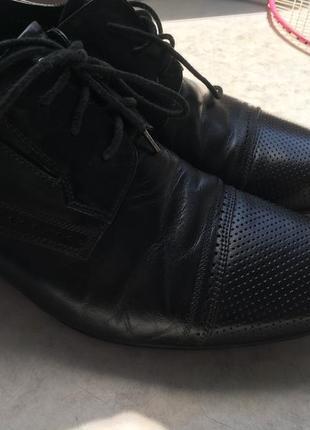 Продам кожаные туфли chester