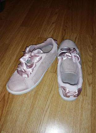Распродажа кеди кроссовки туфли с бантиками атласом