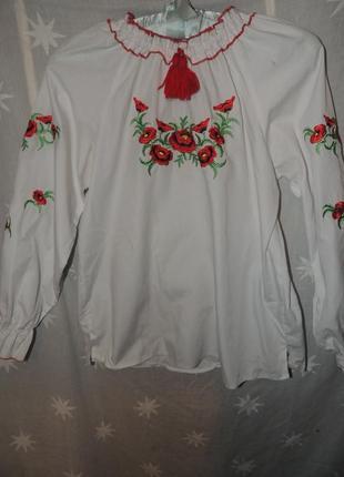 Нарядная вышиванка с маками  для девочек с длинным рукавом 12-14 лет