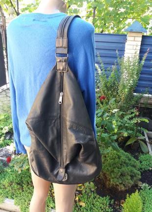 Крутой рюкзак из натуральной кожи1 фото