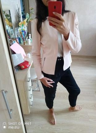 Крутая курточка кардиган пиджак из кожзама