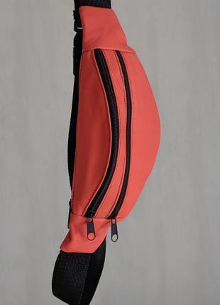 Стильная бананка натуральная кожа, модная сумка на пояс плече красно морковная кожа