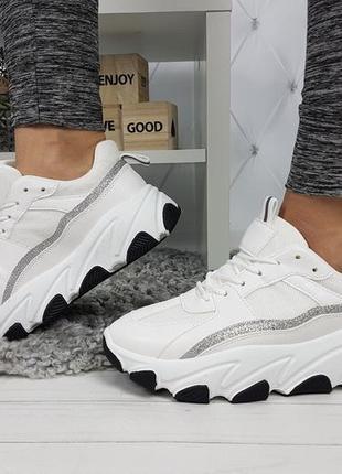Новые женские белые кроссовки3 фото