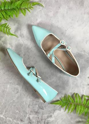 Нежные лаковые туфельки с застежками  sh1933073 asos