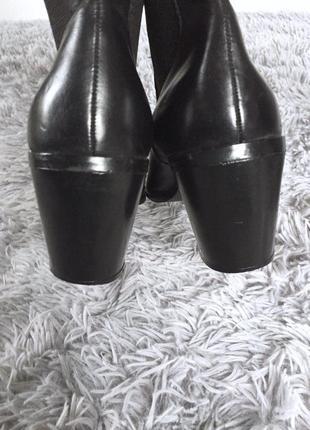 Стильные кожаные ботыльоны на небольшом каблуке4 фото