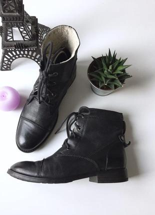 Зимние кожаные ботинки на шнурках от clarks