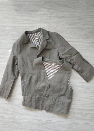 Пиджак и жилетка на мальчика 3 года