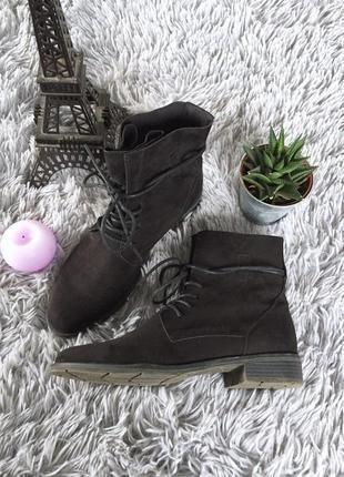 Стильные качественные ботинки на шнурках от marco tozzi