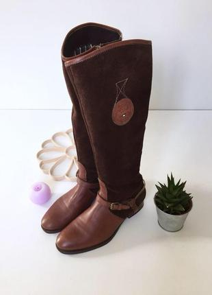 Оригинальные замшевые сапоги с кожаными вставками от tommy hilfiger