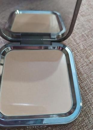 Matte fusion pressed powder