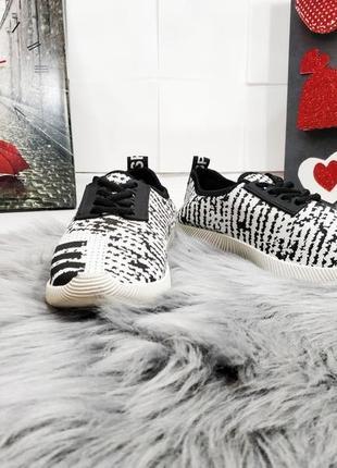 Распродажа! стильные кроссовки по супер цене 100 грн!