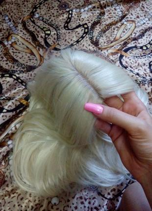 Парик блонд ,светлый.длинные волосы,трессы