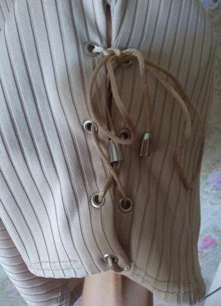 Мини платье по фигуре со шнуровкой снизу boohoo2 фото