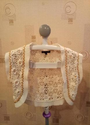 Женское кружевное вязаное болеро белое