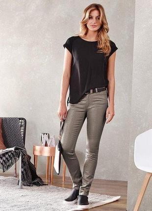 Модные джинсы с блестящим покрытием tcm tchibo