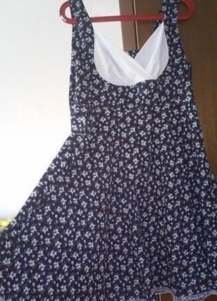 Романтичное платье-миди в цветочек из натуральной ткани от molegi