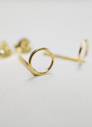 Позолоченные круглые серьги-гвоздики kingsley ryan asos сережки бижутерия