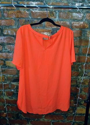 Женственная блуза кофточка прямого кроя декорирована пряжкой atmosphere
