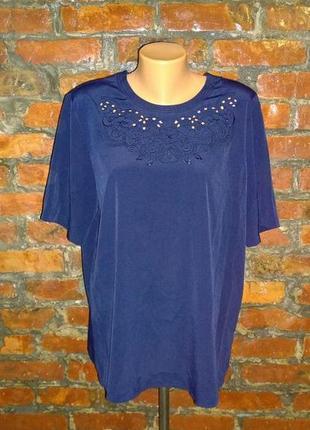 Блуза топ кофточка прямого кроя большого размера с вышивкой
