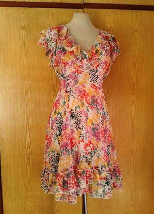 Крепдешиновое платье с оборками, xl.