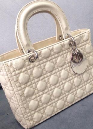 Бежевая модная сумка