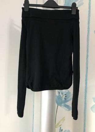 Черная кофта топ со спущенными плечами onyx