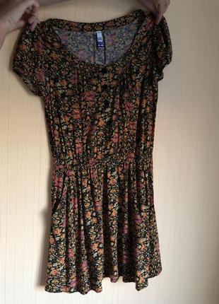 Мини платье в цветочек