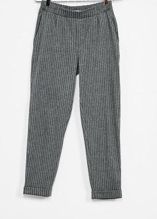 Штани в полоску / брюки серые в полоску