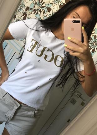 Белая футболка vogue seoul