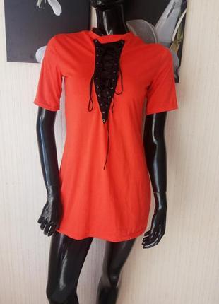 Короткое платье футболка со шнуровкой