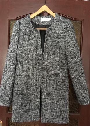 Удлиненные пиджак