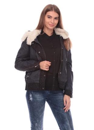 Новая осенняя куртка бомбер от bershka