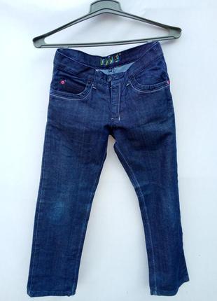 Стильные джинсы на подростка