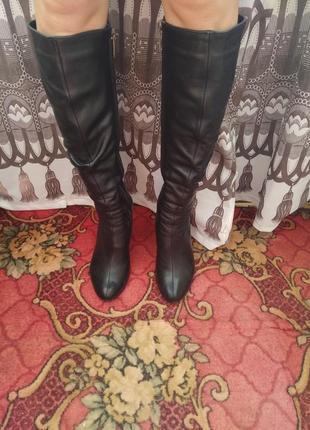 Осінні шкіряні чоботи