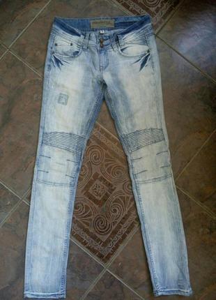 Узкие голубые джинсы urban surface, зауженные джинсы, размер s