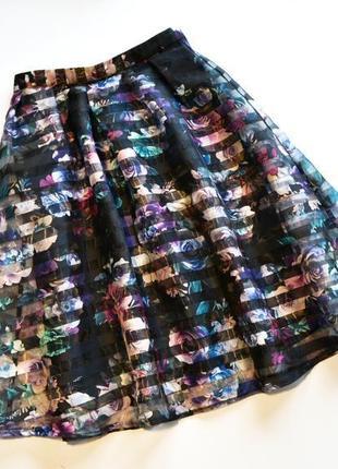 Красивая юбка клеш расклешенная в цветы