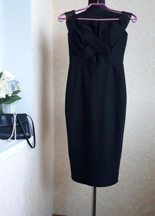 Шикарное платье rare london