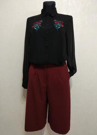 Стильный костюм комплект юбка шорты,брюки кюлоты ,блузка с вышивкой new look,top shop