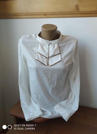 Жіноча блузка розмір-40